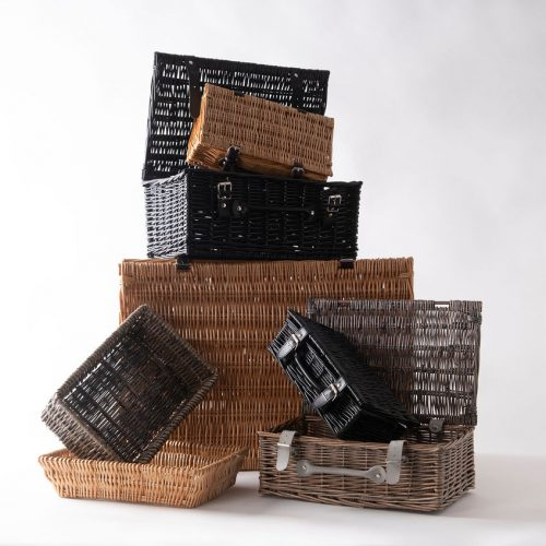 wicker trays & picnic baskets